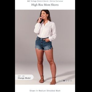 Abercrombie & Fitch High Rise Mom Shorts *NWT*